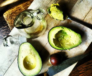 Thumbnail image for Avocado, Olive Oil, Sea Salt and Pepper {instalicious}