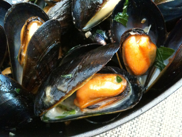 FIG at Fairmont Hotel, Santa Monica - Mussels